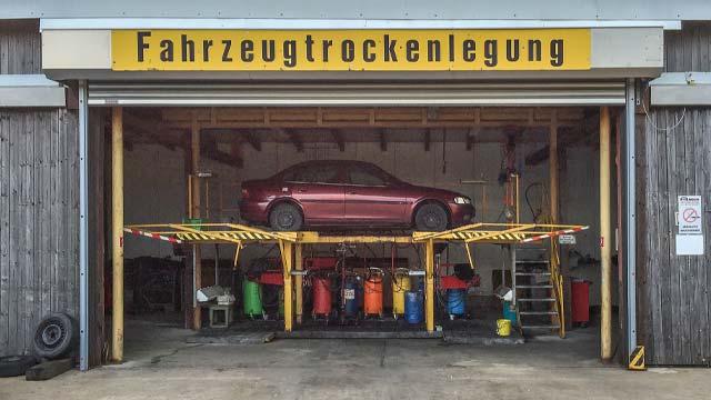 auto-klug-entsorgt-autoverwertung-2-klein