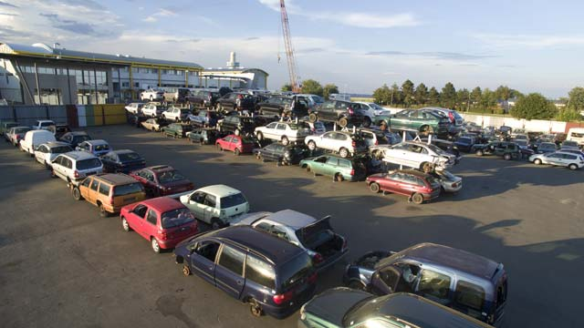 auto-klug-entsorgt-gebrauchtwagen-unfallwagen-teaser
