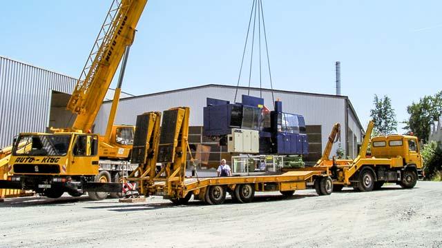 auto-klug-transportiert-maschinentransporte-teaser