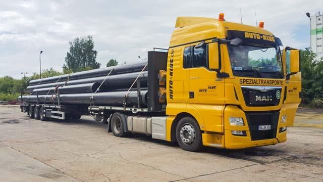 auto-klug-transportiert-schwertransporte-klein-2